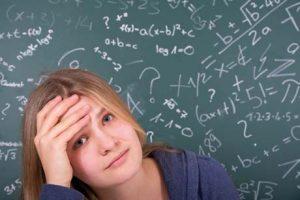 Mädchen mit Mathematik überfordert Mächen mag Mathe nicht