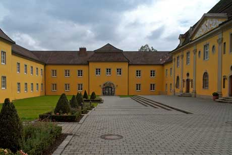 Internat Droste Hülshoff Gymnasium Internatsschule Innenhof