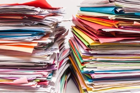 Papierstapel Papierverbrauch an Schulen